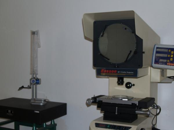 显微测量仪